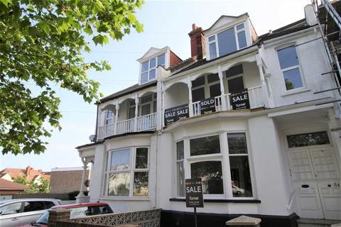 Studio for sale - Station Road, Westcliff-On-Sea, Essex
