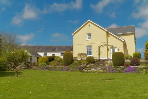 4 bedroom property with land for sale - Trawsmawr, Carmarthen
