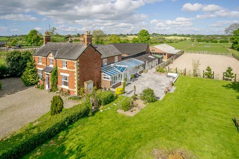 5 bedroom farm house for sale - Rhosygadfa, Oswestry