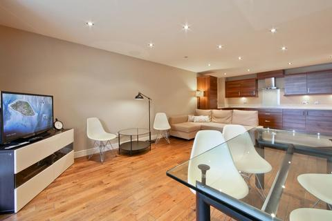 2 bedroom apartment to rent - Inverness Mews, Gallions Reach, E16