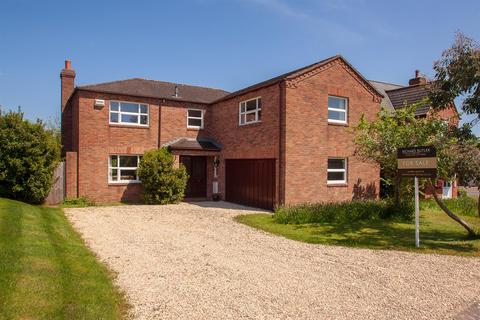 5 bedroom detached house for sale - The Brambles, Lea, Ross-On-Wye