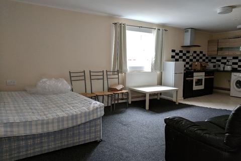 Studio to rent - Upper Tichborne Street, LE2