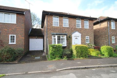 4 bedroom link detached house to rent - Longmead,Liss, Hampshire