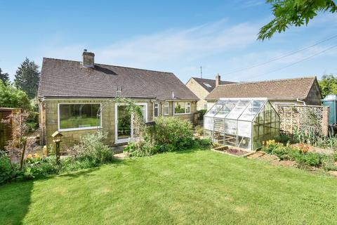 3 bedroom detached bungalow for sale - Winstone