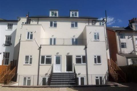 2 bedroom flat to rent - St James's Road, EAST CROYDON, Surrey
