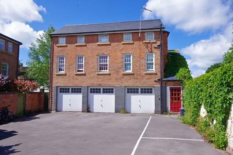 1 bedroom apartment for sale - Church Street, Newent