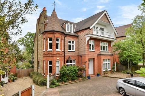 2 bedroom flat for sale - Church Road, Bromley