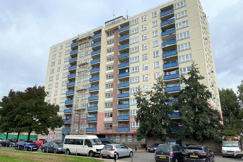 1 bedroom flat for sale - GAINSBOROUGH TOWER, ACADEMY GARDENS, NORTHOLT, UB5 5PF