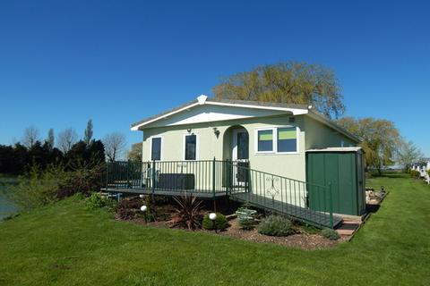2 bedroom park home for sale - Lakeside, Pisces Country Park, PE14
