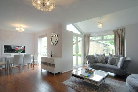 4 bedroom detached house for sale - Cromlix Close, Chislehurst, BR7
