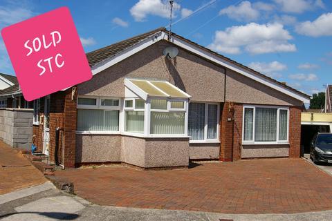 3 bedroom detached bungalow for sale - BALLAS CLOSE, NORTH CORNELLY, BRIDGEND CF33