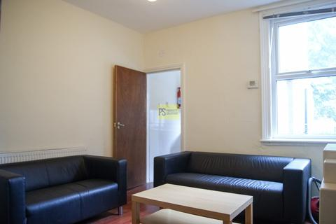 3 bedroom terraced house to rent - Tiverton Road, Selly Oak - student Property