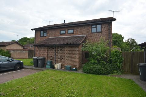 1 bedroom maisonette to rent - Belvawney Close, Chelmsford, Essex, CM1