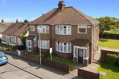 3 bedroom semi-detached house for sale - Fleetwood Avenue, Herne Bay, Kent