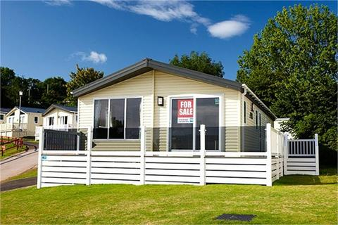 Park home for sale - Seawick Holiday Park, St Osyth, CLACTON-ON-SEA
