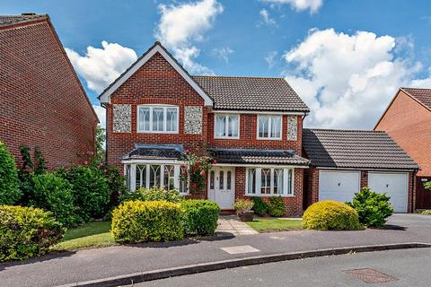 4 bedroom detached house for sale - Harebell Drive, Thatcham, Berkshire, RG18