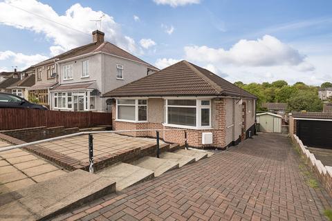2 bedroom bungalow for sale - Redleaf Close, Upper Belvedere, Kent, DA17