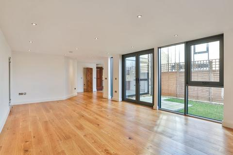 4 bedroom terraced house for sale - Rushgrove Street, Woolwich