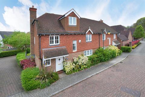 5 bedroom semi-detached house for sale - Alderwick Grove, Kings Hill, ME19 4GB