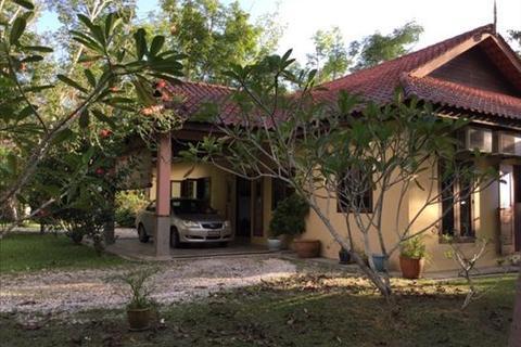 3 bedroom bungalow  - No. 2221, Jalan Makam Mahsuri, Langkawi, Kedah