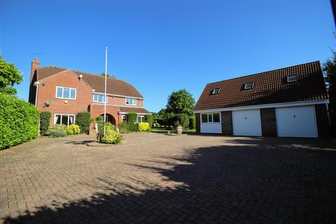 6 bedroom detached house for sale - Washpool, Swindon