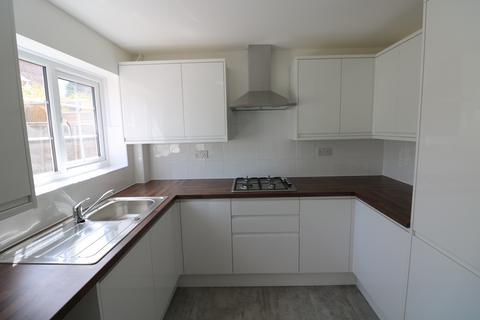 3 bedroom townhouse to rent - Gillingham Kent ME8