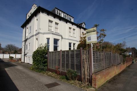 4 bedroom flat share to rent - Church Road, Cheltenham, GL51