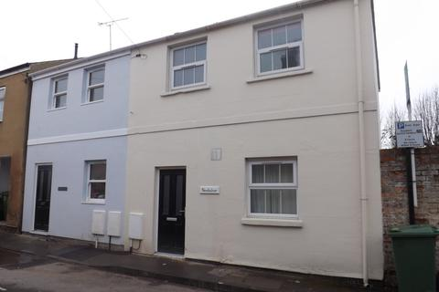 3 bedroom house to rent - Upper Bath Street, Cheltenham, GL50