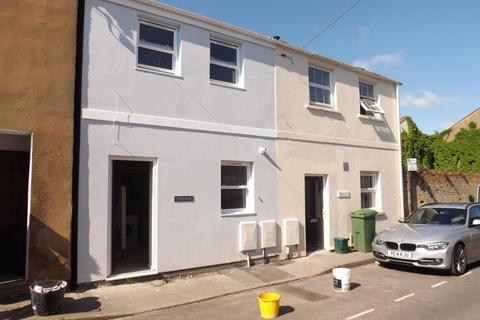 2 bedroom terraced house to rent - Upper Bath Street, Cheltenham, GL50