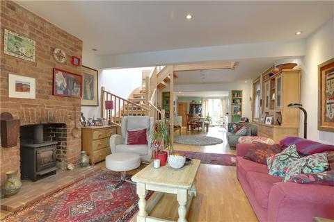 4 bedroom semi-detached house for sale - Harmony Street, Tunbridge Wells, Kent, TN4