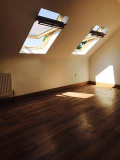 7 bedroom house share to rent - Glendale Avenue , London N22