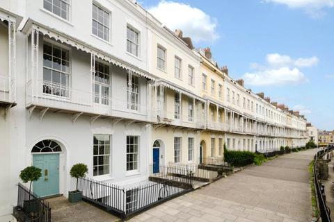 3 bedroom maisonette for sale - Royal York Crescent, Clifton, Bristol, BS8