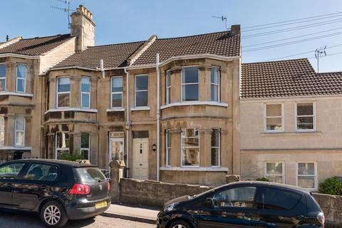 3 bedroom terraced house to rent - Winchester Road