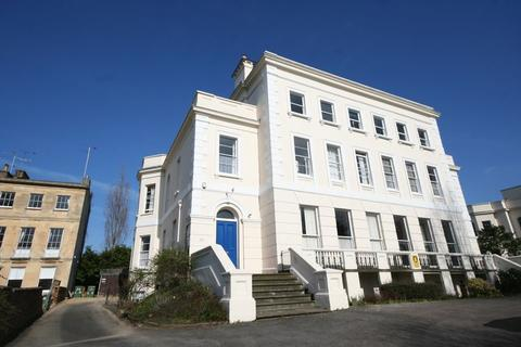 1 bedroom flat to rent - 50 London Road, Cheltenham, Gloucestershire, GL52 6DY