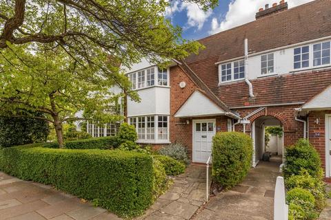 3 bedroom cottage for sale - Erskine Hill, Hampstead Garden Suburb,NW11