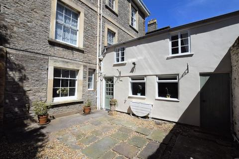 2 bedroom apartment for sale - Character apartment in sought after mid Clevedon location