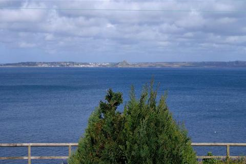 4 bedroom bungalow for sale - Cliff Road, Mousehole, Penzance, Cornwall, TR19