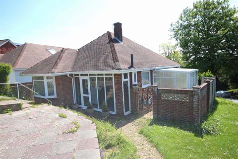 2 bedroom detached bungalow for sale - Fernwood Rise, Wetsdene, Brighton