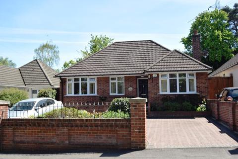 3 bedroom detached bungalow for sale - Portelet Close, Parkstone
