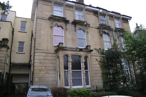 2 bedroom flat to rent - Tyndalls Park Road