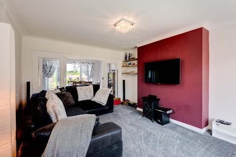 3 bedroom semi-detached house for sale - Swanborough Drive, Brighton