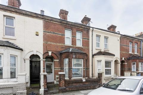 4 bedroom terraced house to rent - Clive Road, Fratton
