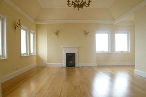 3 bedroom apartment to rent - Hove