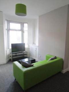 2 bedroom terraced house to rent - Hinton St, Liverpool