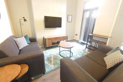 3 bedroom terraced house to rent - Cameron St, Kensington