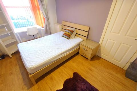 3 bedroom house share to rent - Bed 1, Cameron St, Kensington