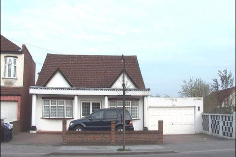 5 bedroom bungalow to rent - Goodmayes Lane, Ilford IG3 9PW