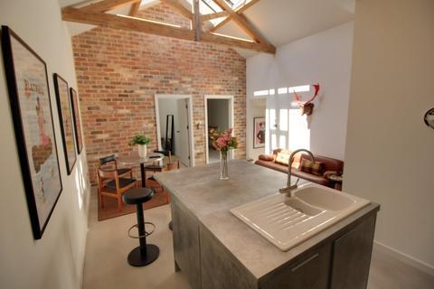 3 bedroom apartment to rent - Comet Works, Princip Street