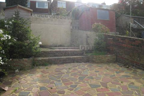 2 bedroom terraced house to rent - Ewhurst Road, Brighton BN2
