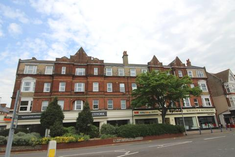 1 bedroom flat to rent - South Street, Eastbourne BN21